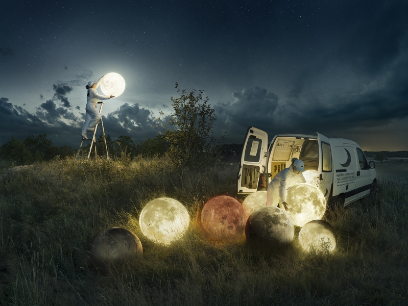 2019-09-11-expo-to-the-moon-and-back-full-moon-service-erik-johansson-bd